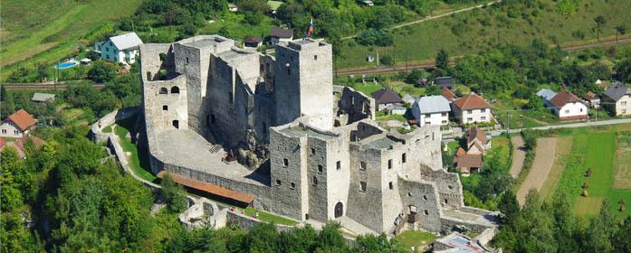 hrad_strecno-2